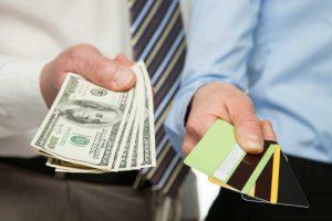 手元にお金がなく、従業員の給与を払えない場合の対処法とは?