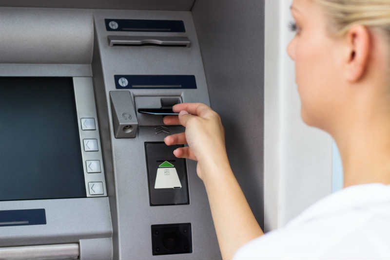 早い現金借り入れ向きのカードローン申し込み方法とは