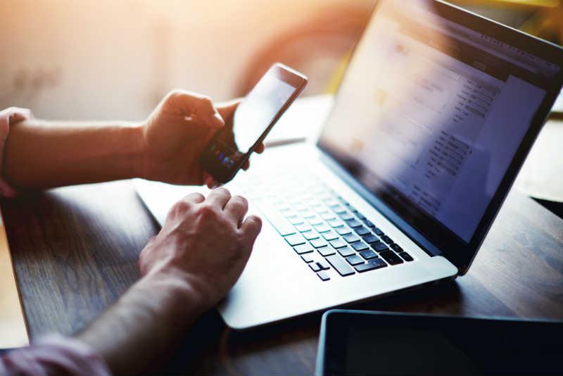 起業後すぐに口座開設が可能?!ネット銀行における4つのメリットとは。